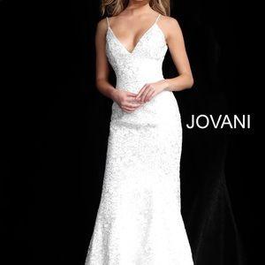 JOVANI 2019 COLLECTION WHITE DRESS
